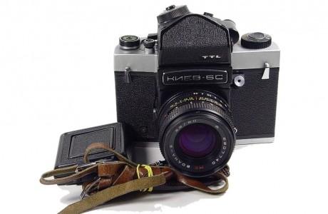 מצלמת קייב 60 עם עדשה