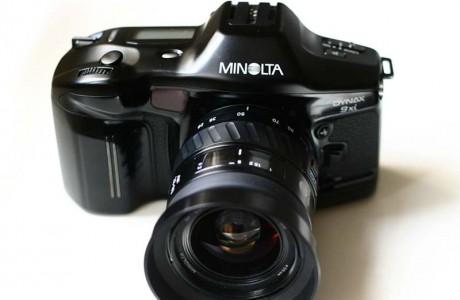 מינולטה Dynax 9xi